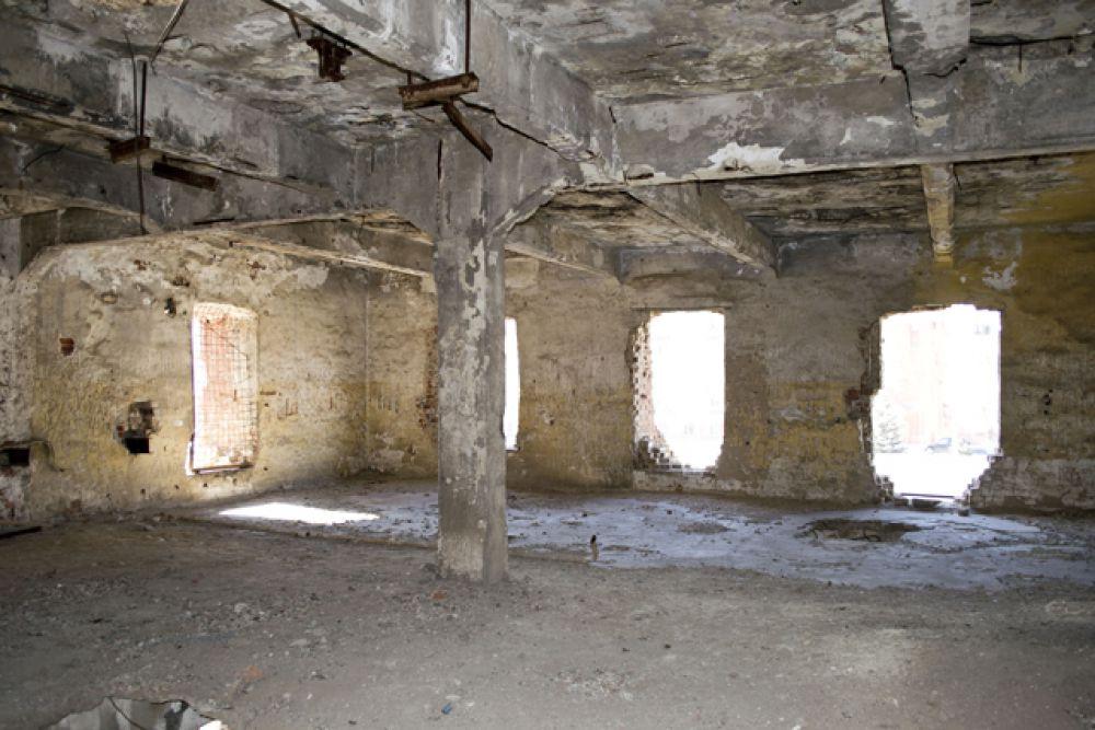 В 1943 году, после окончания Сталинградской битвы, в некоторых комнатах мельницы вынуждены были жить люди.