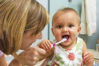Первый зуб - первая щетка.