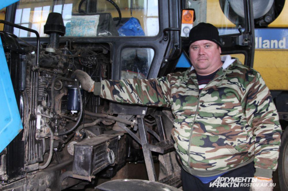 У коллектива нет проблем с ремонтом и обслуживанием грузовиков, комбайнов, тракторов перед началом полевых работ.