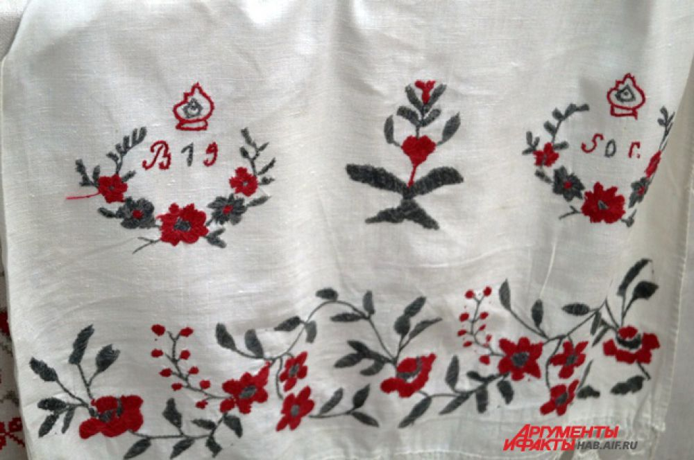 Рушник тканый вручную из льна 19 века