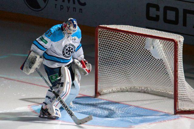Хоккейная «Сибирь» проиграла «Ак Барсу» второй матч подряд