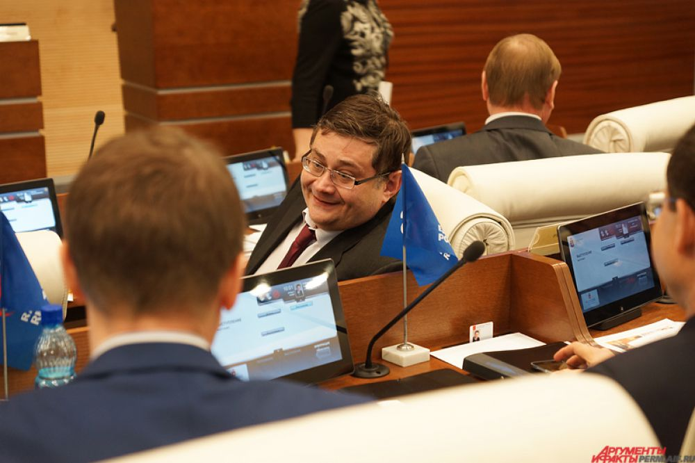 Заместитель председателя правительства Алексей Чибисов.