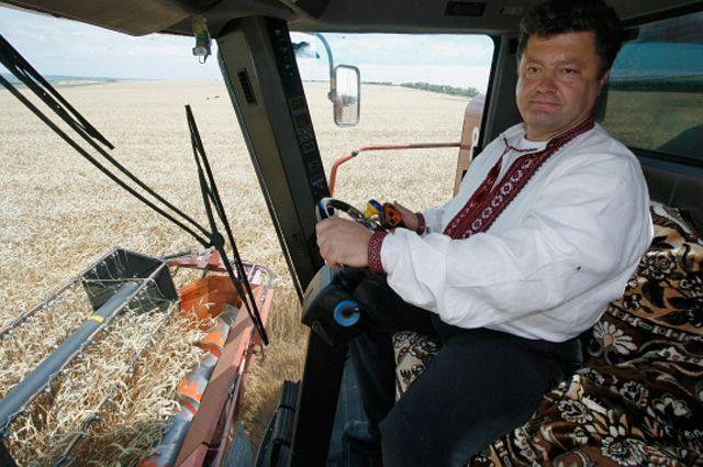 Став президентом, Порошенко не забывает убирать урожай со своих «плантаций».