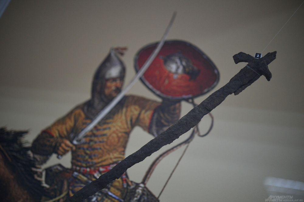 Кованая железная сабля. XIII-XIV вв., пос. Коменомостский.