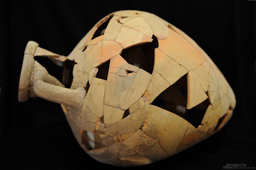 Глиняная амфора. Начало V в. до н.э. Могильник Вочепшийский I.