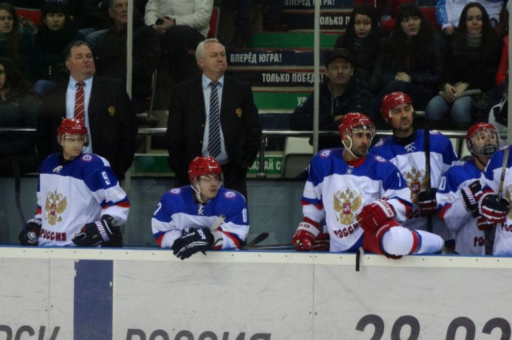 Скамейка сборной России.