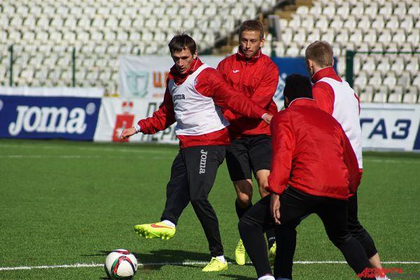 «Амкар» продолжает подготовку к субботнему матчу чемпионата страны.