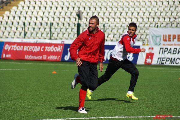 Очередная тренировка прошла на основном поле стадиона «Звезда» в четверг, 2 апреля.