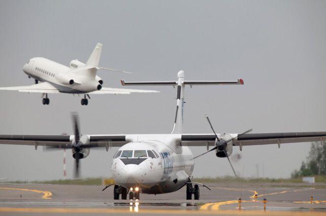 Самолёты будут летать до Новосибирска и Екатеринбурга и обратно.