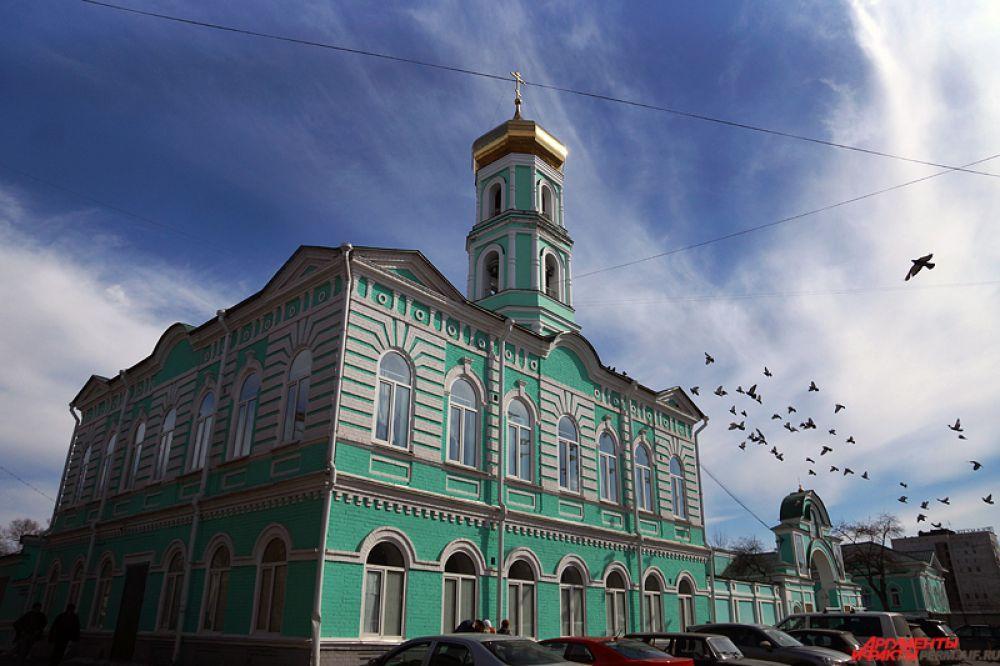 5 апреля во всех православных храмах проходят праздничные службы, посвященные Вербному воскресенью.