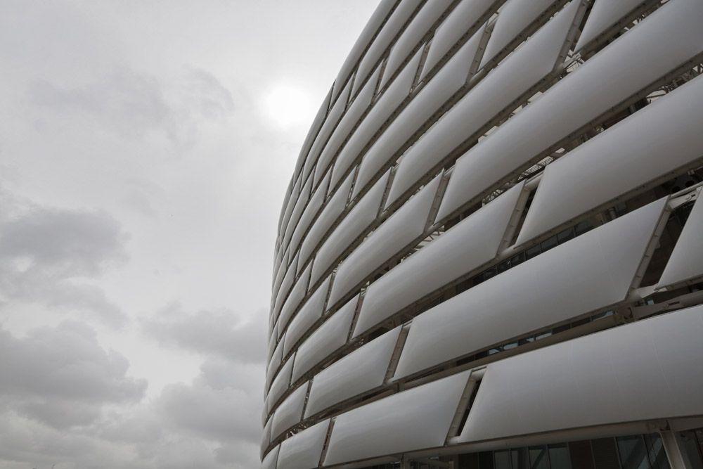 Атлетика – Национальный стадион. Соревнования по легкой атлетике, в которых примут участие 20 мужчин и 20 женщин и которые будут, одновременно, считаться Третьей Лигой Европейского Командного Чемпионата по легкой атлетике, пройдут на большом Национальном стадионе.