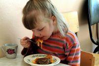 Детям положено 5-разовое питание.