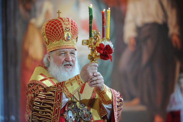 Патриарх Московский и Всея Руси Кирилл на торжественном пасхальном богослужении в Храме Христа Спасителя.