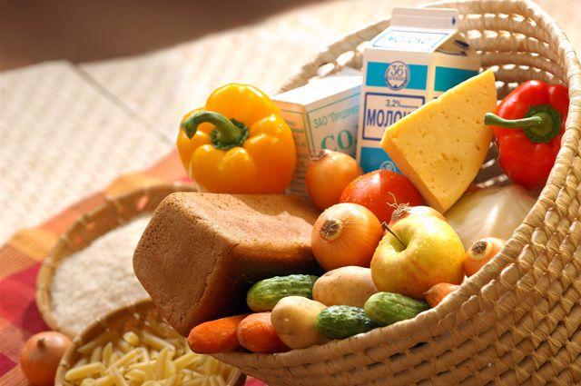 Некоторые продукты питания в Омской области подешевели.