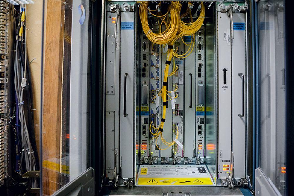 Маршрутизатор межрегиональной сети передачи данных Cisco CRS.