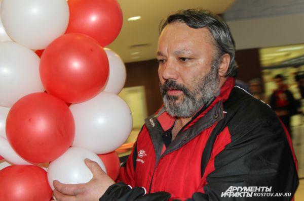 Главный тренер команды Григорий Пантелеев сдержан был в своих эмоциях.
