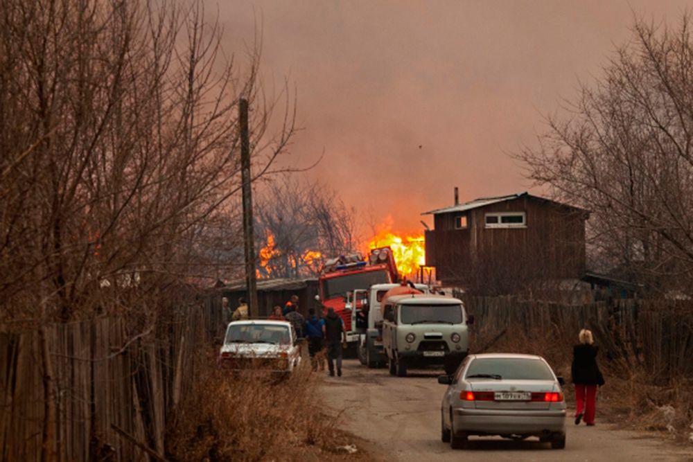 Пожар на окраине Абакана.