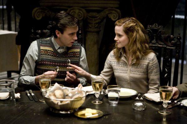 Игра Уотсон в шестом фильме поттерианы - «Гарри Поттер и Принц-полукровка» (2009) – была отмечена изданием The Washington Post  как «самая прекрасная на сегодняшний день».