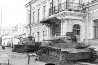 Омичи отправили на фронт около 7000 танков.