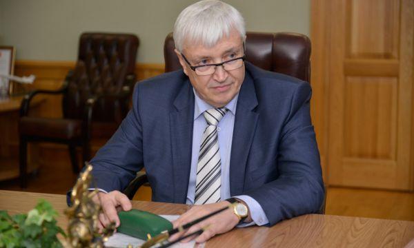 Анатолий Куров, директор компании Твой Дом заработал в 2014 году 299 миллионов рублей.