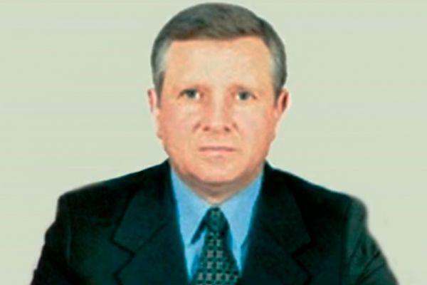 29 января в своем доме повесился бывший председатель Харьковской областной администрации Алексей Колесник. Он был председателем Харьковского облсовета с 2002 года, а в 2004-м досрочно ушел с должности. Предсмертной записки Колесник не оставил.