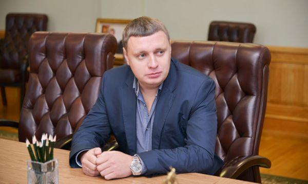 Алексей Кубарев, директор компании Мегаполис-Строй заработал за 2014 год 50 миллионов рублей.