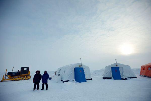 Одно из направлений, которое собирается развивать Россия в Арктике, - это туризм. И, конечно же — полезные ископаемые, нефть и газ. Плюс, как говорится, вся таблица Менделеева. Драгоценные металлы — золото и платина, редкоземельные металлы — никель.