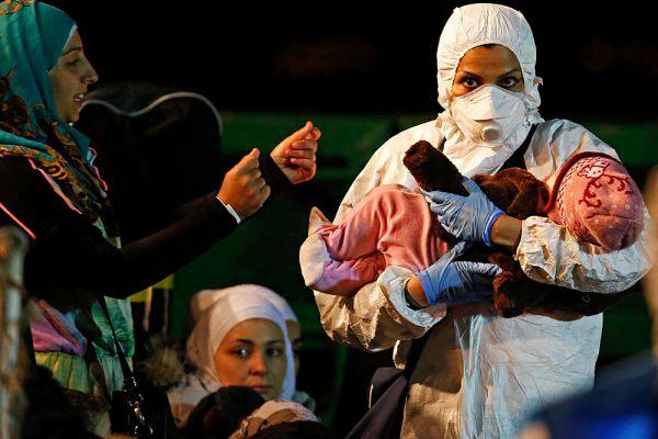 Не менее 21 человека стали жертвами крушения судна с нелегалами в Средиземном море, порядка 700 пропали без вести.