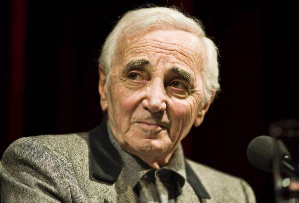 Шарль Азнавур родился 22 мая 1924 года в Париже, куда его отец переехала двумя годами ранее из Ахалцихе Тифлисской губернии. Мать будущего певца происходила, как и отец, из армянской семьи.