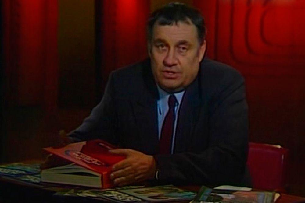 Режиссер Эльдар Рязанов, ведущий телепередачи «Кинопанорама». Выходила с 21 октября 1962 года по 2002 год.