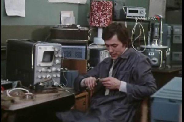 «К кому залетел певчий кенар...» (1980). Роль Николаши