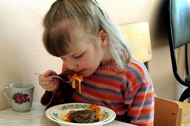 Питание для детей должно быть высшего качества.