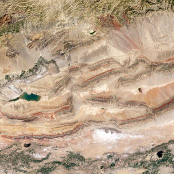 Фотография разлома Пицян на северо-востоке Китая