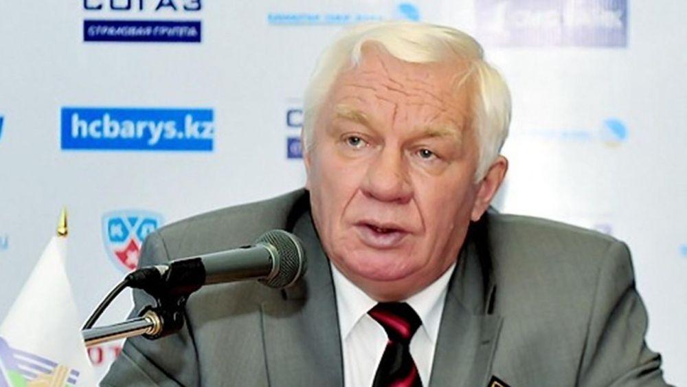 """Михалёв несколько раз за всю свою карьеру возвращался на пост главного тренера ХК """"Салават Юлаев"""": в 1987, в 2005 и в 2011 году."""