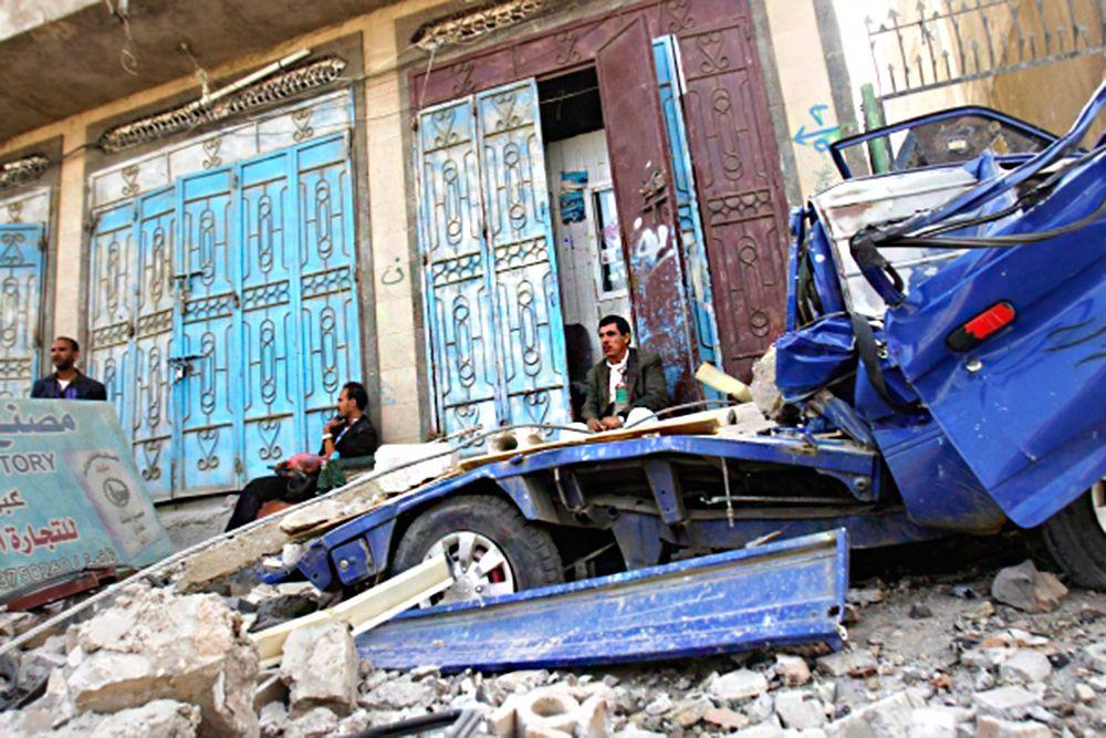 По последним данным ВОЗ, с середины марта в Йемене погибли более 760 человек, более 3900 получили ранения.