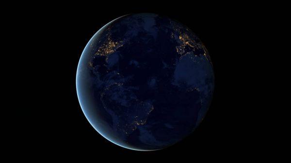 Изображение Земли ночью, составленное из четырех фотографий, которые были сделаны космической камерой ESA OSIRIS в апреле и октябре 2012 года.
