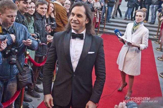 На открытие фестиваля приехал шоумен Александр Ревва.