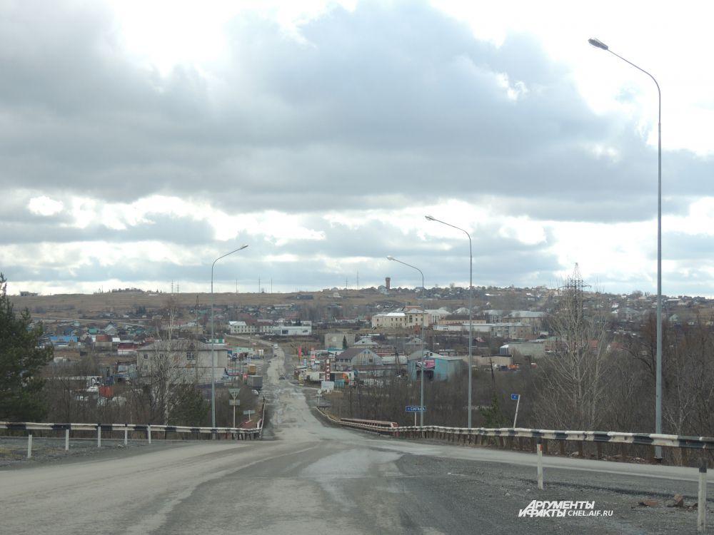 В прошлом году в апреле выпадал снег, смеются жители городков области, посмотрим, что принесет нынешний.