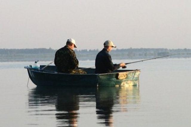 запрет на ловлю рыбы с лодки на дону
