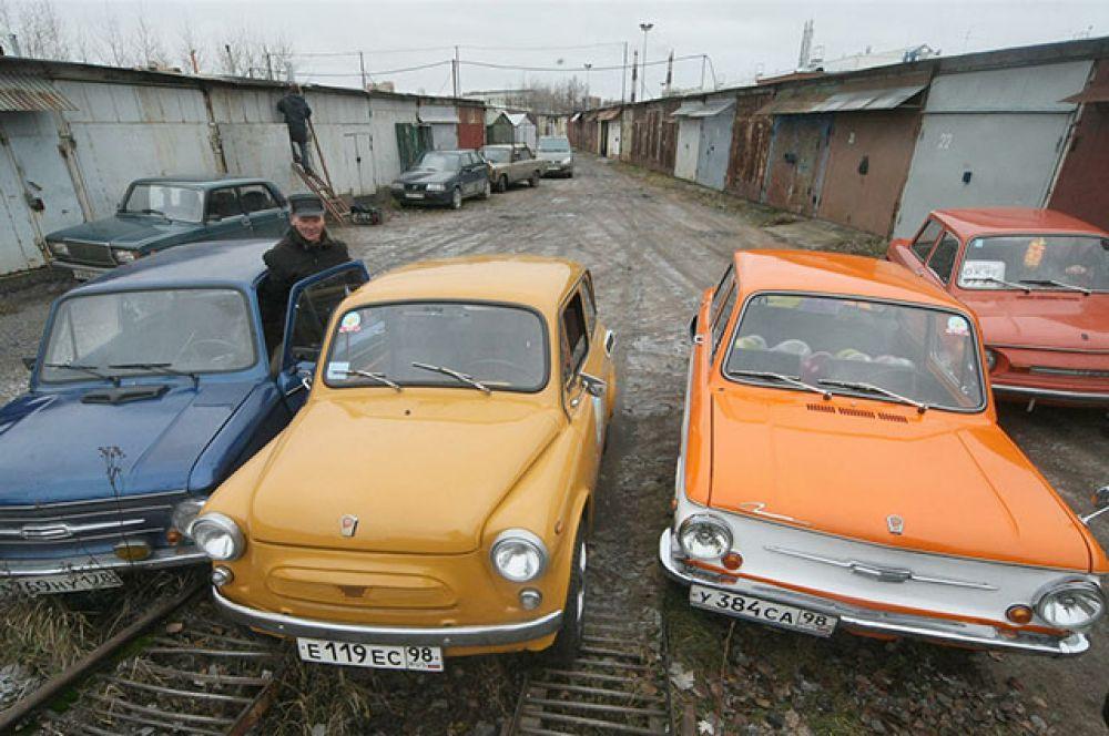 23 апреля. В России началась разработка нового «народного автомобиля». Малолитражка будет создана на основе «Запорожца».