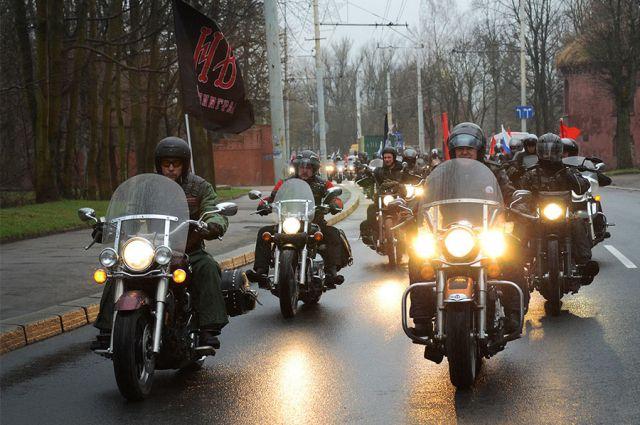 Праздничную колонну байкеров в который раз возглавит губернатор Николай Цуканов.