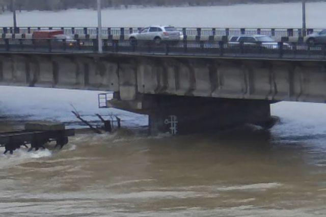Река Томь в Новокузнецке.
