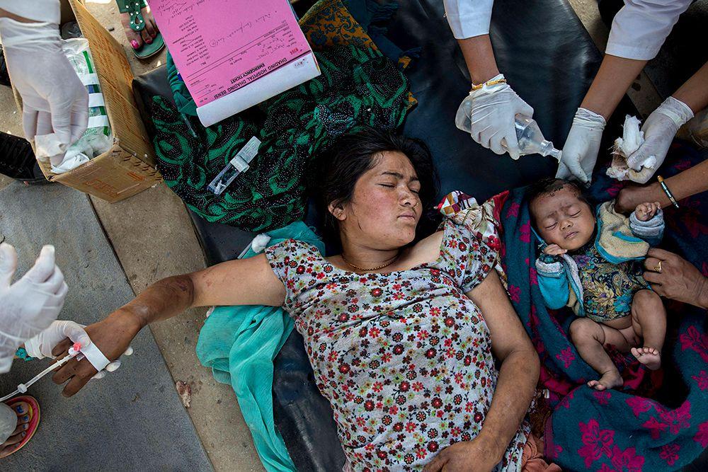 В воскресенье Непал вновь потрясла серия афтершоков, магнитуда самого мощного из которых была 6,7.