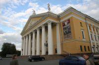 Челябинский театр оперы и балета им. Глинки.