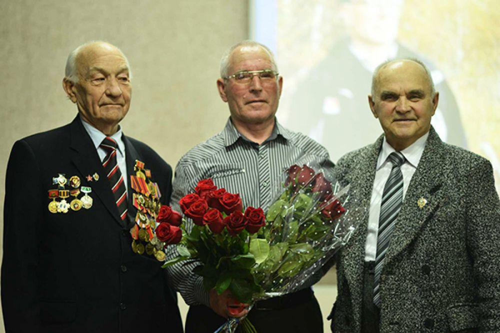 Леонид Ефимович Запруднев, Виктор Евдокимов и Николай Бусов.