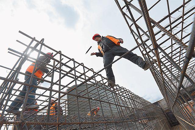 Быстро работая, строители минимизируют и неудобства для горожан.