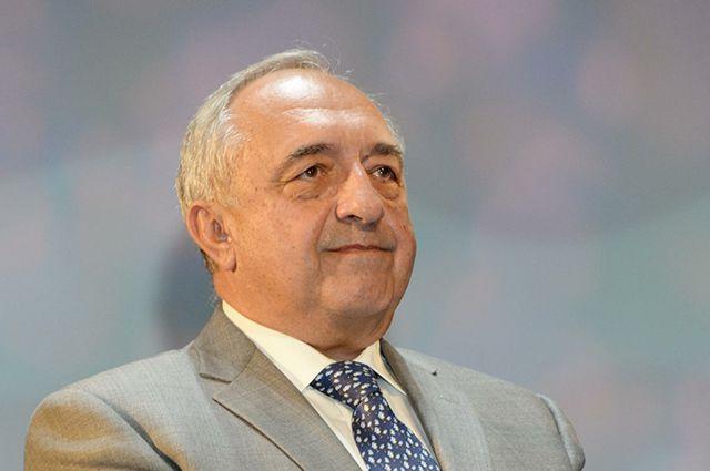 Ренат Акчурин.