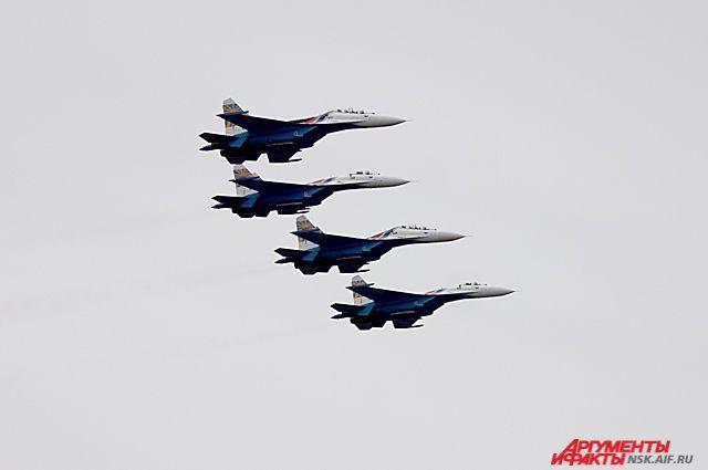 Над Новосибирском пролетят военные самолёты в День Победы