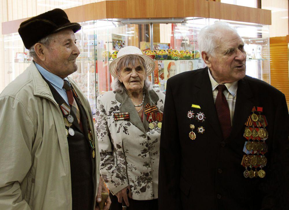 Самыми почётными гостями церемонии открытия стали ветераны