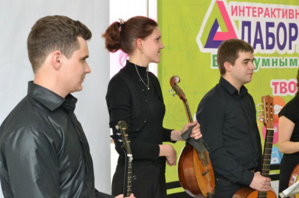 Выступление студентов из Ростовской консерватории им. С.В. Рахманова.